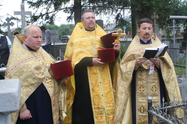 Духовенство УПЦ КП