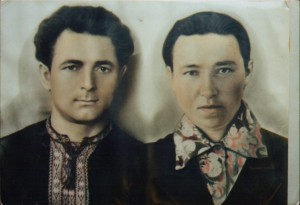 Василь зі своєю дружиною після 30-ти літ розлуки. Челябінськ, СРСР. 1973 р.