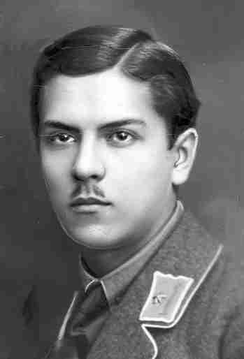Хорунжий 3-го Кінного полку Армії УНР Степан Скрипник (патріарх Мстислав)