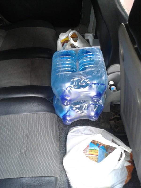 """Всі продукти були зібрані нашими волонтерами в супермаркеті """"Фуршет"""""""