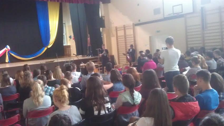 Євген Попов в українського ліцеї у Гурові Ілавецькому
