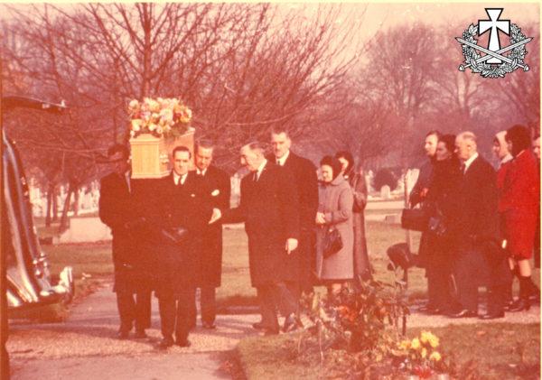 Похорони Василя Перебийноса. Цвинтар Ґаннерзбері в Лондоні - 22.11.1966.