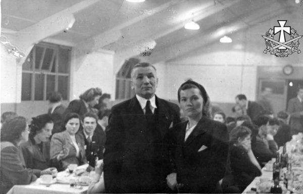 Василь Перебийніс з дружиною Тетяною, 15.12.1966 - Лондон.