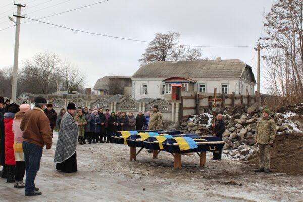 Перепоховання вояків Армії УНР у Великих Зозулинцях. 11 грудня 2018 року.